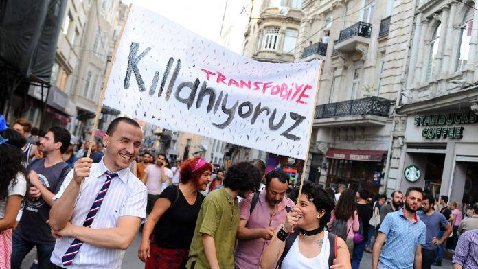 Taksim'de LGBT yürüyüşüne izin yok