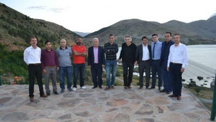 Gazeteciler Çelikhan'da İftara Katıldı