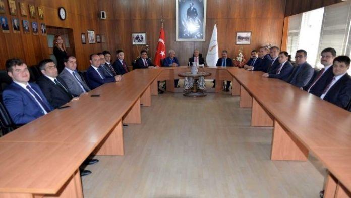 Vali Ahmet Hamdi Nayir İlk Toplantısını Yaptı