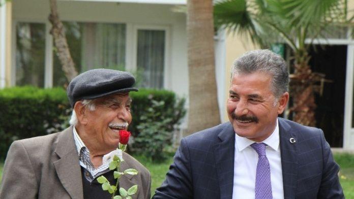 Başkan Tuna, Babalar Günü'nü Kutladı