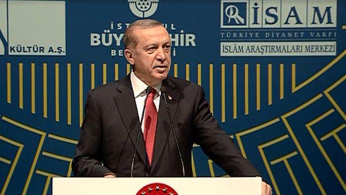'Gezi Parkı'na o tarihi eseri inşa edeceğiz'