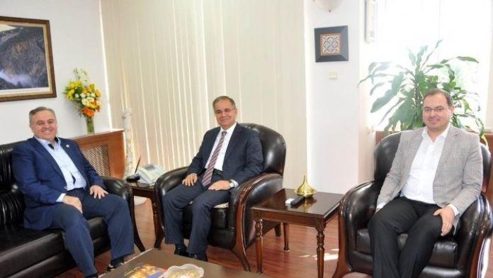 Milletvekili Şeker'den Vali Tapsız'a Ziyaret
