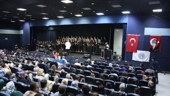 Belediye Korosundan Türk Halk Müziği Konseri