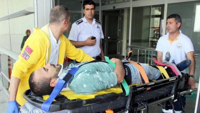 Asansörlü iskele düştü: 5 işçi yaralı