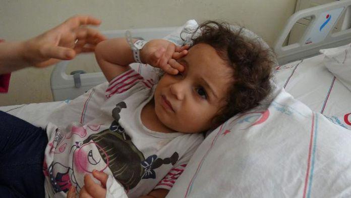 2 yaşındaki kız ölümden döndü