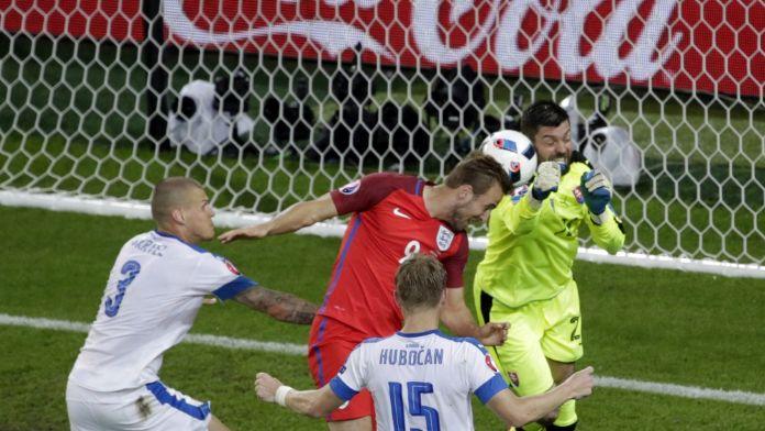 İngiltere 2. sırada tura çıktı