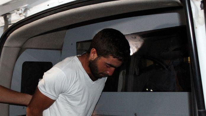 PKK'lı terörist kırsala gitmek üzereyken yakalandı