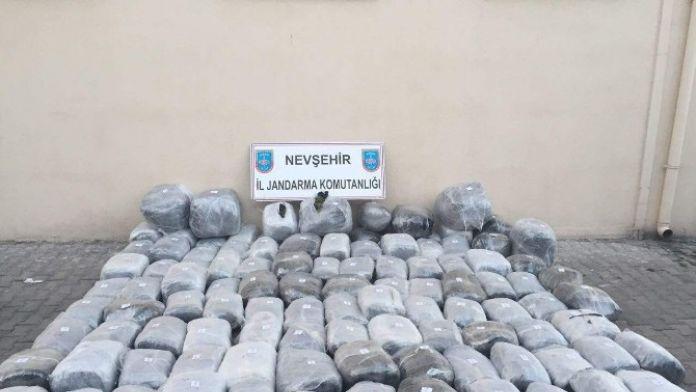 Kaza Yapan Kamyondan 573 Kilo Esrar Ele Geçirildi