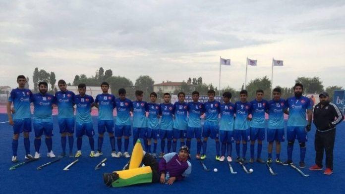Malatya'dan 18 Yaş Altı Erkek Milli Takımına 3 Sporcu