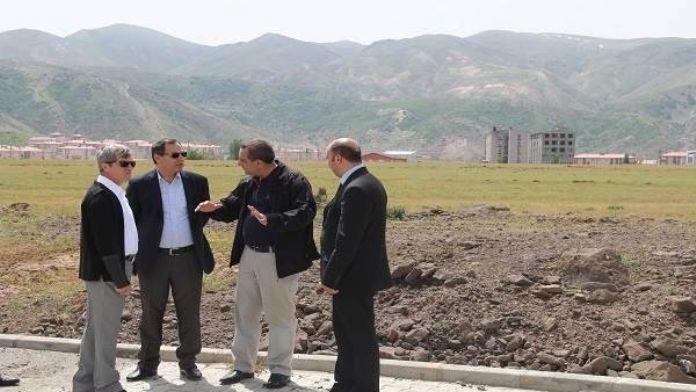 Bitlis Valisi OSB'nin Yerini İnceledi