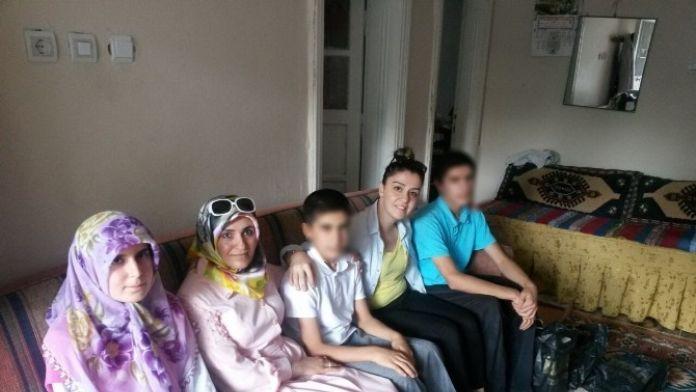 AK Partili Bayanlar Yetim Çocukları Sevindirdi