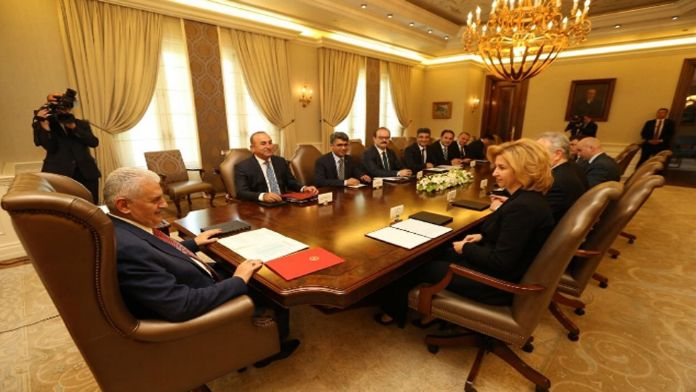 Başbakan Yıldırım İrina Vlah'la görüştü