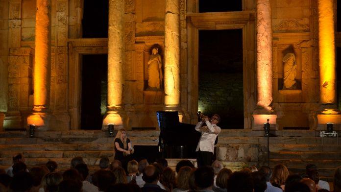 Sinemanın büyülü melodileri Celsus'ta yankılandı
