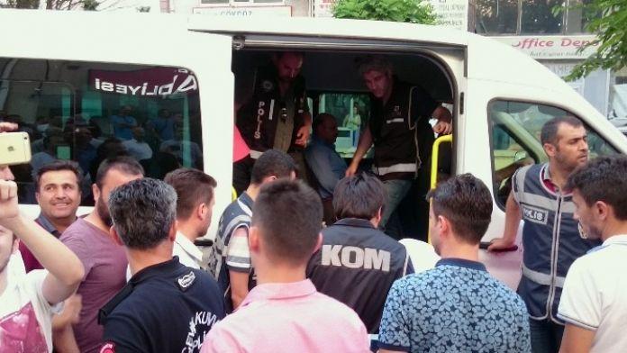 Fetö/pdy Operasyonunda 12 Tutuklama