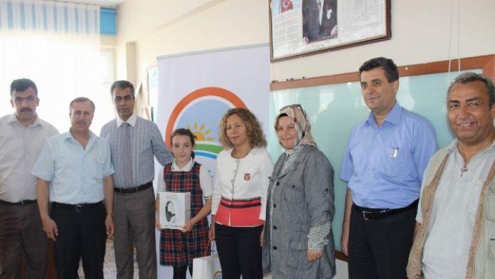 'Geleceğimizin Gözüyle Güvenilir Gıda 2. Ulusal Çocuk Resim Yarışması' Ödülleri Verildi