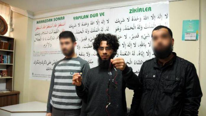 IŞİD'in 2 bin 580 sayfalık Arapça arşivi, telefon ihbarı ile ele geçirilmiş