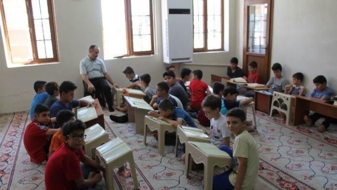 Didim'de Camiler Çocuklarla Dolup Taştı