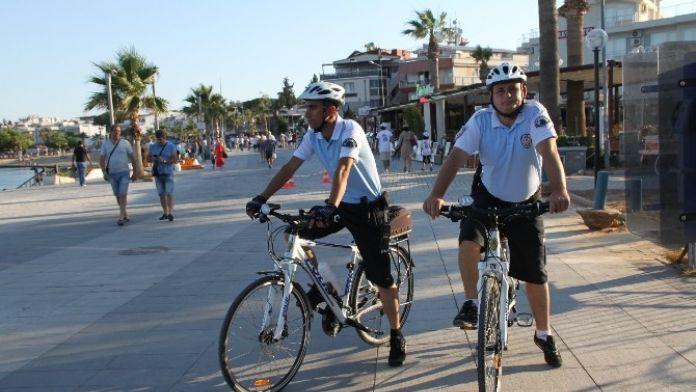 Bisikletli Polisler Didim Plajlarını Koruyor