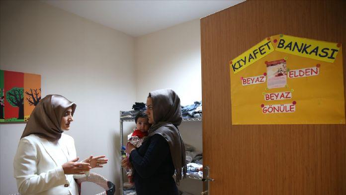 'Çocuk Kıyafet Bankası' çocukların yüzünü güldürüyor