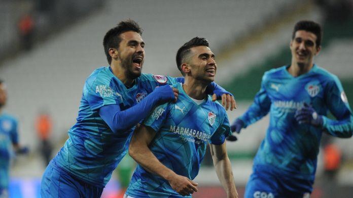 Bursaspor, 3 futbolcu Bandırmaspor'a gödneriyor