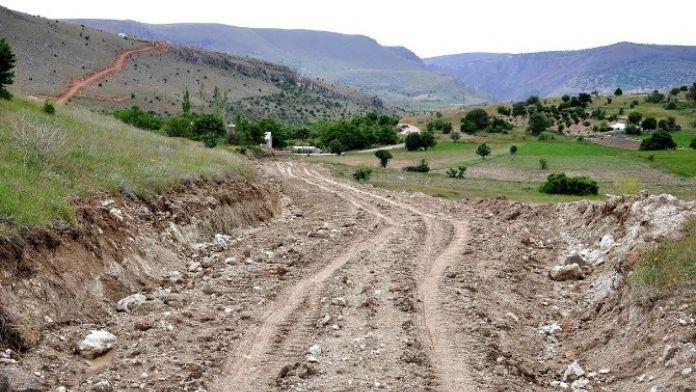 Arapgir İlçesinde Yeni Yollar Açılıyor