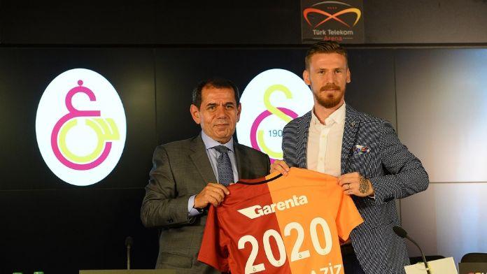 Galatasaray ilk transferine imzayı attırdı