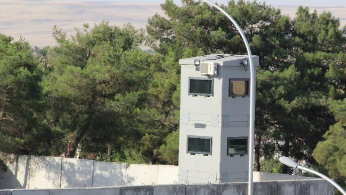 Diyarbakır'da Teröre Karşı Zırhlı Kule