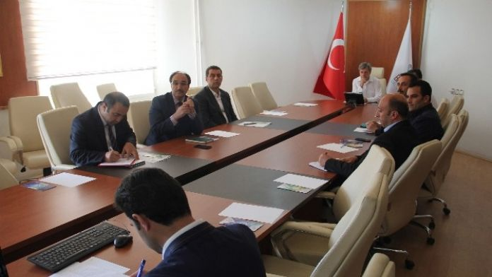Bitlis'te Üniversite Sanayi İşbirliği Toplantısı Yapıldı
