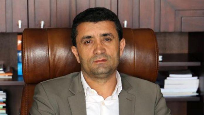 DBP'li Belediye Başkanı maaşını Yüksekova için bağışladı