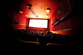 Almanya'da silahlı saldırgan sinemayı kan gölüne çevirdi