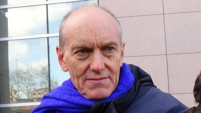 İngiliz akademisyen beraat etti