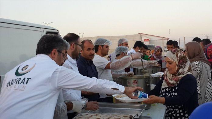 Suriyeli öksüz ve yetimler iftar sofrasında buluştu