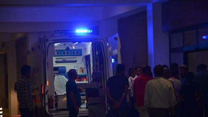 Jandarma karakoluna bombalı saldırı: 2 ölü, 12 yaralı