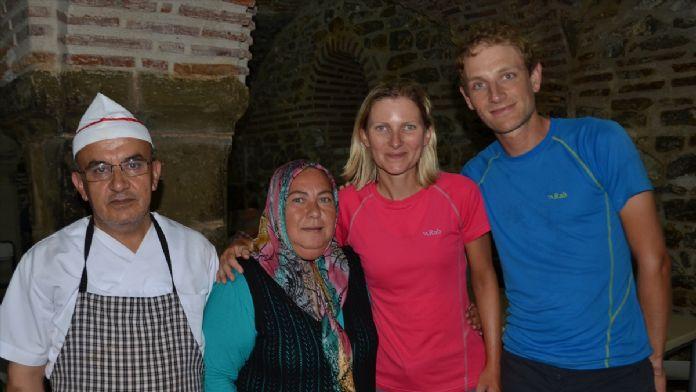 Bisikletle Çin'e giden İngiliz çift, Kastamonu'da iftar ye