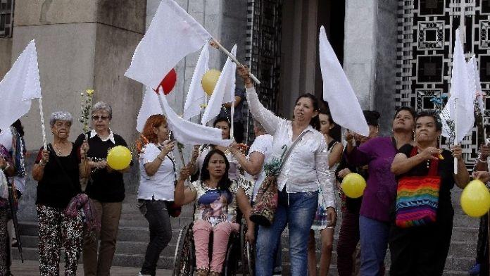 Kolombiya, 50 Yıl Süren Sivil Savaşın Sona Ermesini Kutluyor