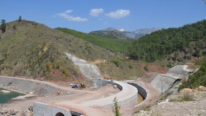 DSİ Küçük Aksu Barajı'nda Çalışmaları Sürdürüyor