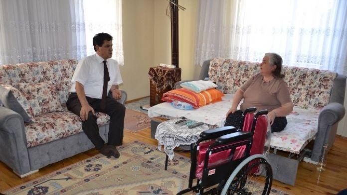 Başkan Gül'den Tekerlekli Sandalye