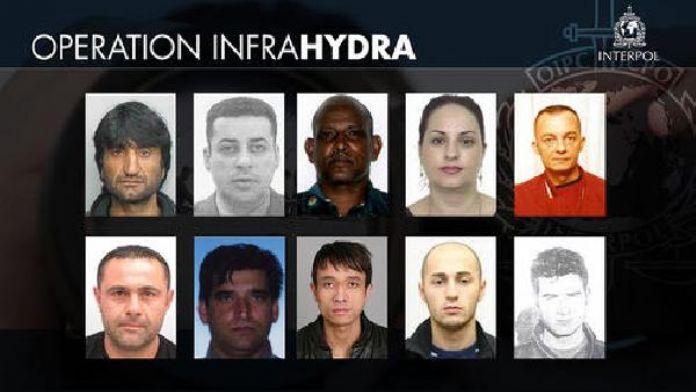 Interpol insan kaçakçısı 10 kişinin resim ve isimlerini açıkladı