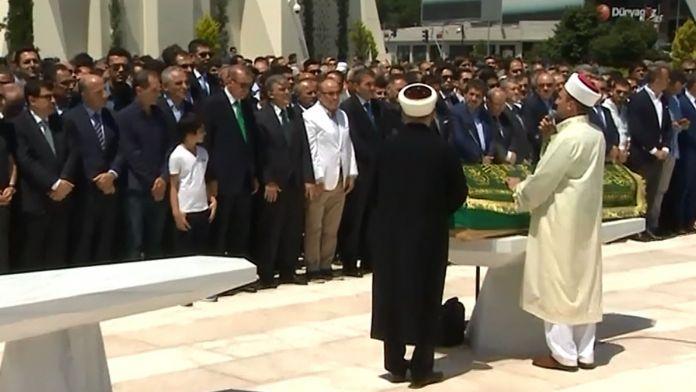Cenaze Törenine Cumhurbaşkanı Erdoğan ve Abdullah Gül de Katıldı