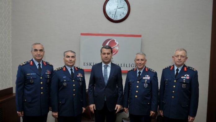 Komutanlardan Vali Çelik'e 'Hayırlı Olsun' Ziyareti