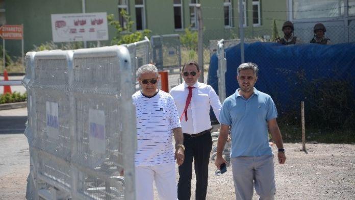 Cezaevine Giren CHP'li Eski Vekil Sirmen, İlk Ziyaretçileri İle Görüştü