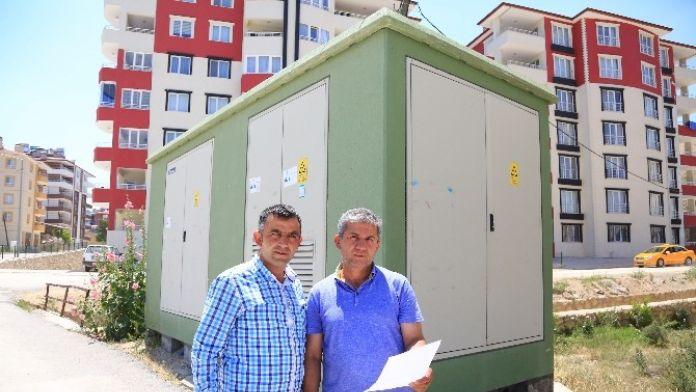 Vatandaşlar Elektrik Kesintilerinden Şikayetçi