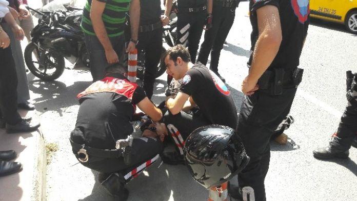 (Özel Haber) Beşiktaş'ta Motosiklet, Polis Aracına Çarptı: 1 Yaralı
