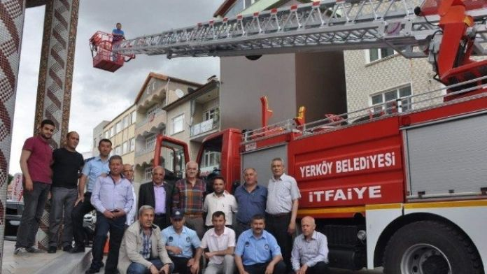 Yerköy Belediyesi Yeni Bir İtfaiye Aracı Aldı