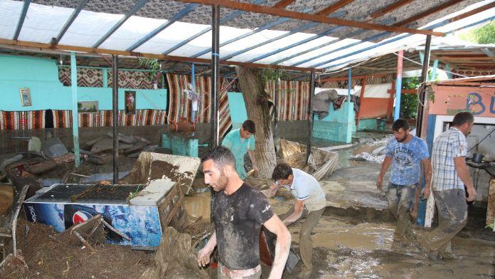 Muş'taki sel felaketinde ölü sayısı 2'ye yükseldi