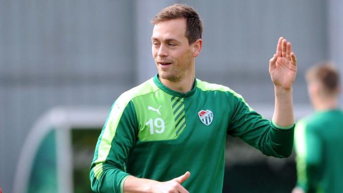 Bursasporlu Sutter, Belçika takımı Lokeren'e gitti
