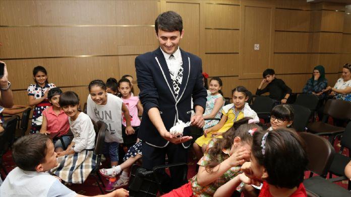 THY çalışanlarından Azerbaycanlı çocuklara iftar