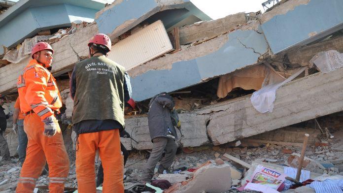 Marmara'daki deprem büyük bir hareketin habercisi mi ?