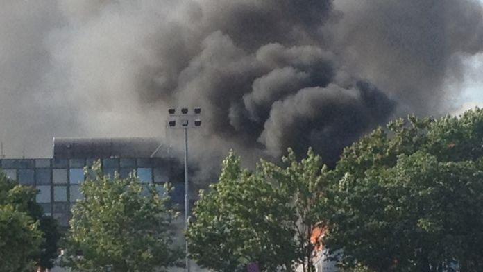 Hastaneye bombalı araçla saldırı: 5 ölü