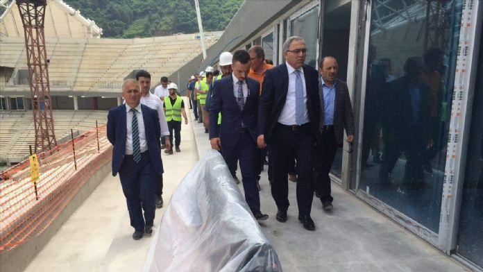 TOKİ Başkanı Turan, Akyazı Spor Kompleksi'ni gezdi